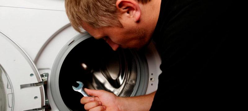 Técnicos especializados em reparar avarias em máquinas de secar roupa em Telheiras